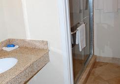 西方酒店 - 休斯頓 - 浴室