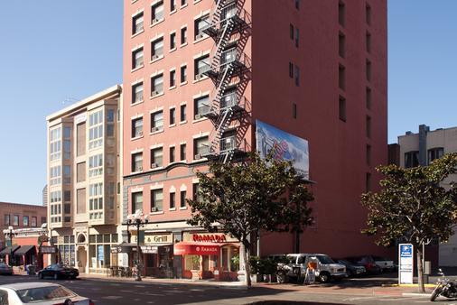 瓦斯燈華美達酒店與會議中心 - 聖地亞哥 - 建築