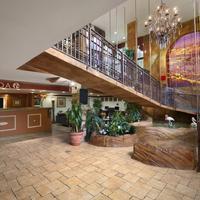 Ramada Hollywood Downtown Lobby