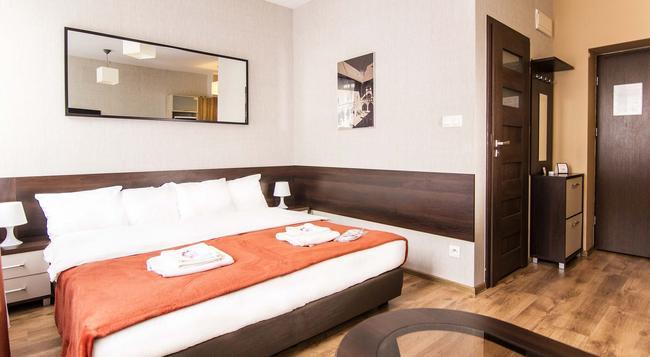 Lux Aparthotel - Krakow - 臥室