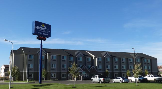 Microtel Inn & Suites by Wyndham Dickinson - Dickinson - 建築