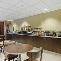 Microtel Inn & Suites by Wyndham Dickinson Breakfast Area