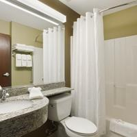 Microtel Inn & Suites by Wyndham Dickinson Bathroom