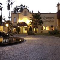 Mision Comanjilla Hotel Front - Evening/Night
