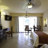 Mision Comanjilla Guestroom