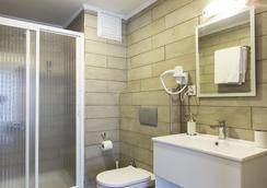 城市酒店 - 伊茲密爾 - 浴室