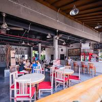 Kayun Hostel Cafe