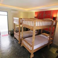 Kayun Hostel Guestroom