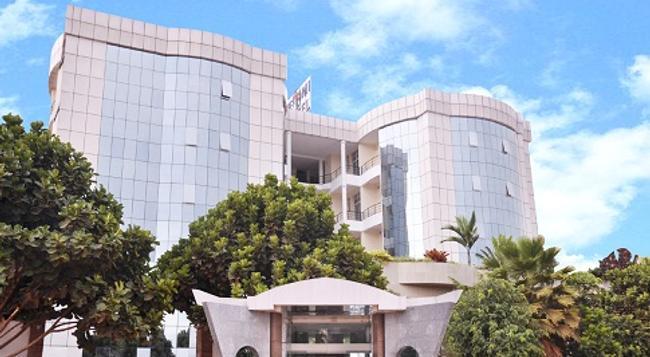 The Mirror Hotel - Kigali - 建築