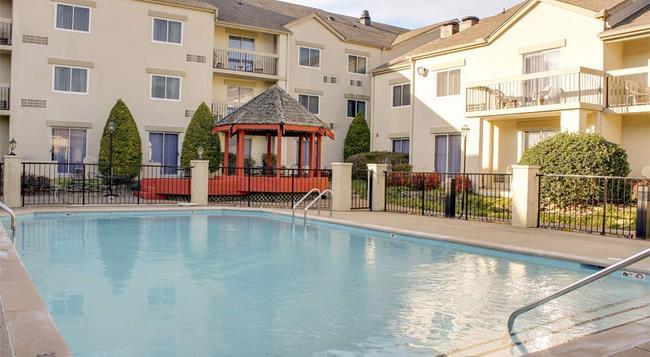 Club Hotel Nashville Inn and Suites - 納什維爾 - 建築