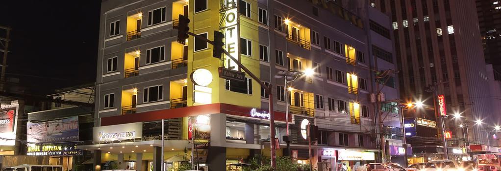 The Corporate Inn Hotel - 馬尼拉 - 建築