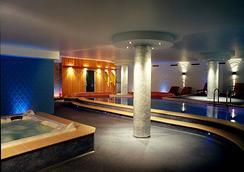 拉特拉薩Spa酒店 - 薩卡羅 - Spa