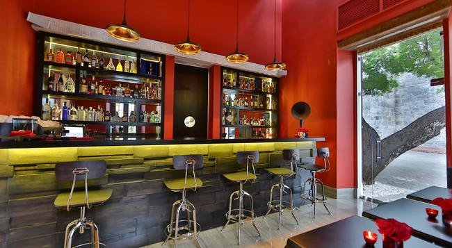 Billini Hotel - 聖多明各 - 酒吧