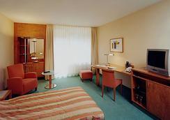 施羅斯公園酒店 - 柏林 - 臥室