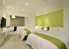 葉綠宿旅館 - 台中 - 臥室