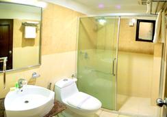 皇家棕櫚酒店 - 烏代浦 - 浴室