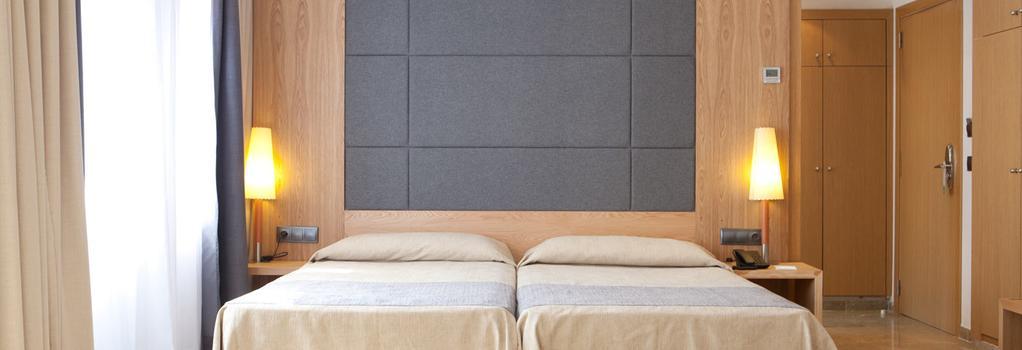 Hotel Armadams - 帕爾馬 - 臥室