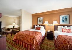 奧蘭多國際機場華美達套房酒店 - 奧蘭多 - 臥室
