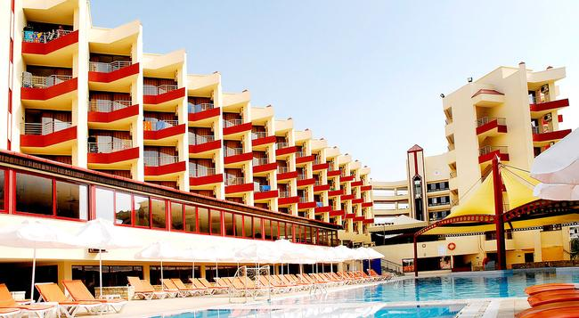 Taksim International Obakoy Hotel - 阿拉尼亞 - 建築