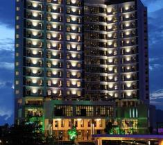Cendeluxe Hotel - Managed by H & K Hospitality