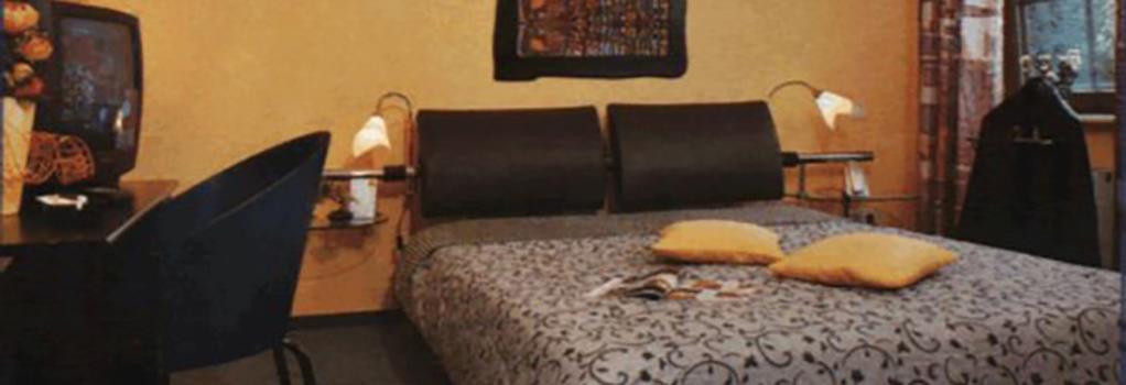 Hotel-garni An Der Weide - 柏林 - 臥室