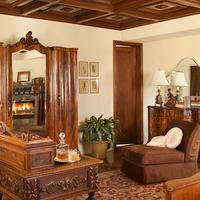 The Willows Historic Palm Springs Inn The Library Room