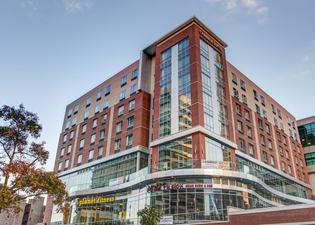 Cambria Hotel and Suites White Plains - Downtown