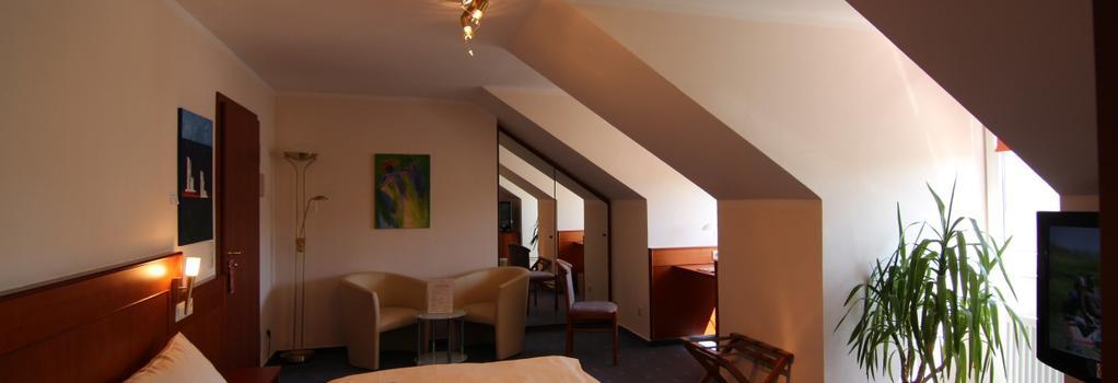 Hotel Heide Residenz - 帕德博恩 - 臥室