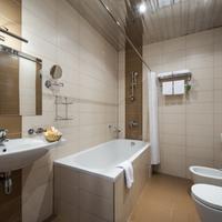 Heliopark Residence Hotel Bathroom