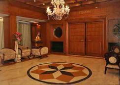 Hotel Satya Ashoka - 賈巴爾普爾 - 大廳