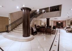 麻布庫裡提巴商務酒店 - 庫里提巴 - 大廳
