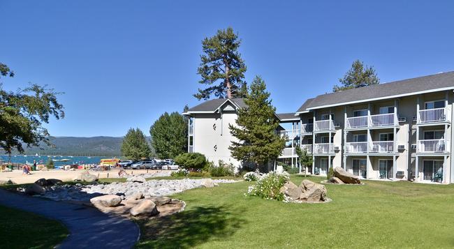 Beach Retreat & Lodge at Tahoe - 南太浩湖 - 建築