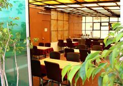 丹尼斯酒店 - 新德里 - 餐廳