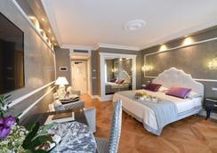 薩沃亞及尤蘭達酒店 - 威尼斯 - 臥室