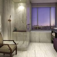 Jet Luxury at the Trump SoHo Guest room