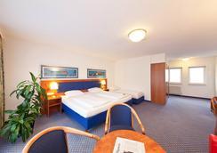 斯圖加特市大道新奇酒店 - 斯圖加特 - 臥室