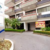 Hotel Saint Paul Hotel Entrance
