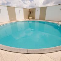 Hotel Saint Paul Outdoor Pool