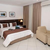 Hotel Millennium King Bedroom