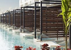 Finest Playa Mujeres by Excellence Group - 坎昆 - 游泳池