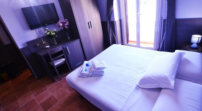 Hotel Mirti - 羅馬 - 臥室