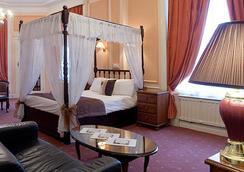 阿德菲Spa酒店 - 利物浦 - 臥室