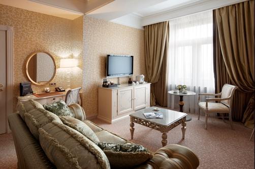 雷迪森酒店图片