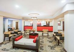 華美達伯班克酒店 - 伯班克 - 大廳