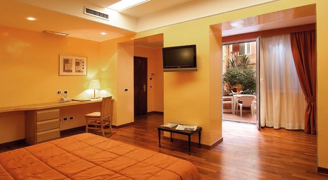 Hotel Cecil - 羅馬 - 臥室