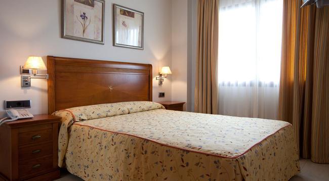 Hotel Daniya Denia - 德尼亞 - 臥室