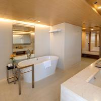 Pathumwan Princess Hotel Bathroom