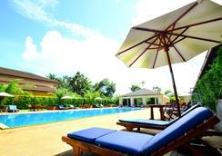 迪尼德酒店@拉廊 - 拉廊 - 游泳池