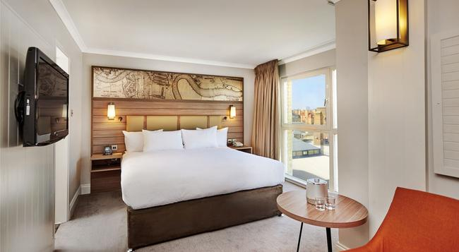 DoubleTree by Hilton Hotel London - Docklands Riverside - 倫敦 - 臥室