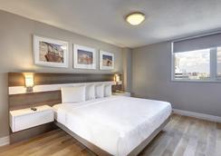 城鎮套房酒店 - 多倫多 - 臥室